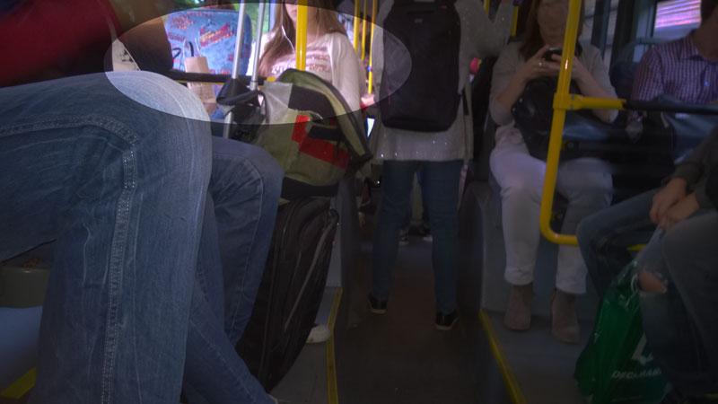 nervig-im-bus