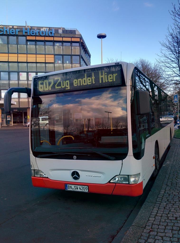 bus-identitaetskrise