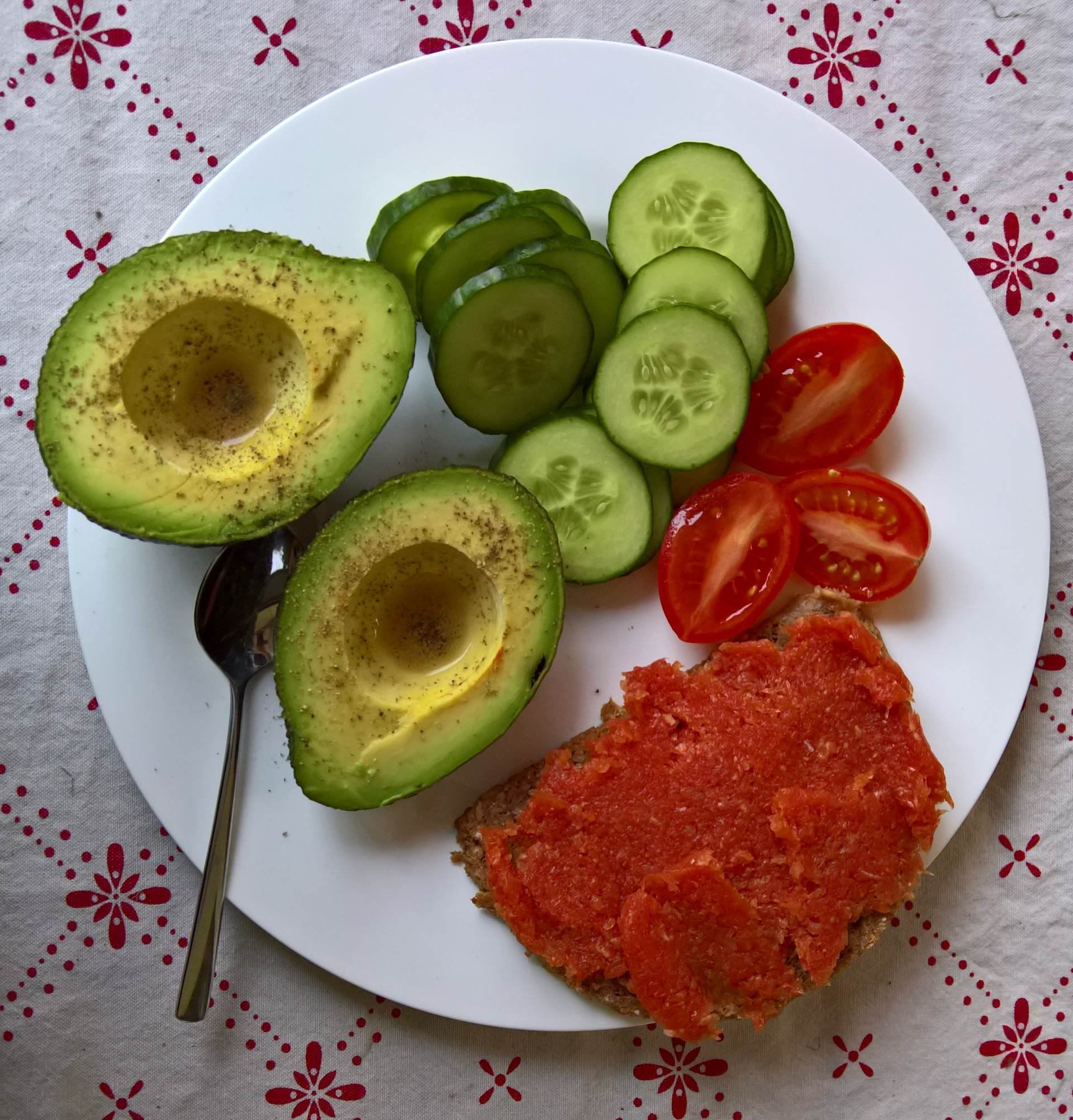 avocado-gurke-mett