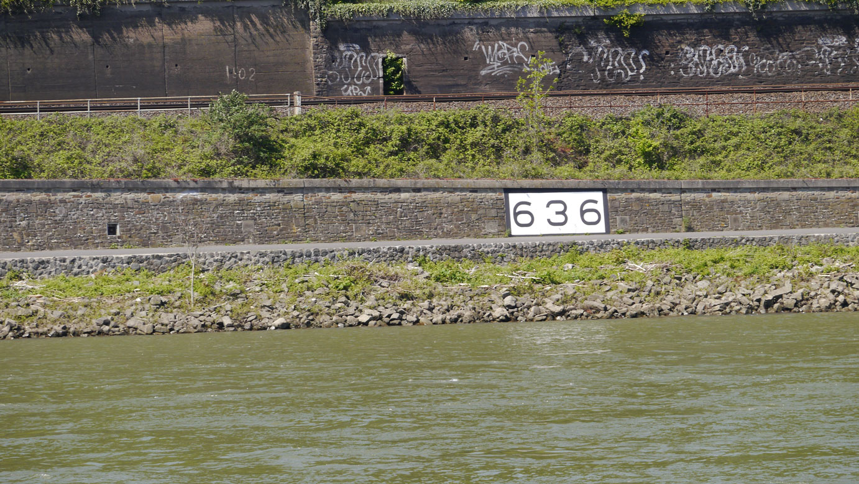 Rheinkilometer_636_Oberwinter_Unkel_lrh