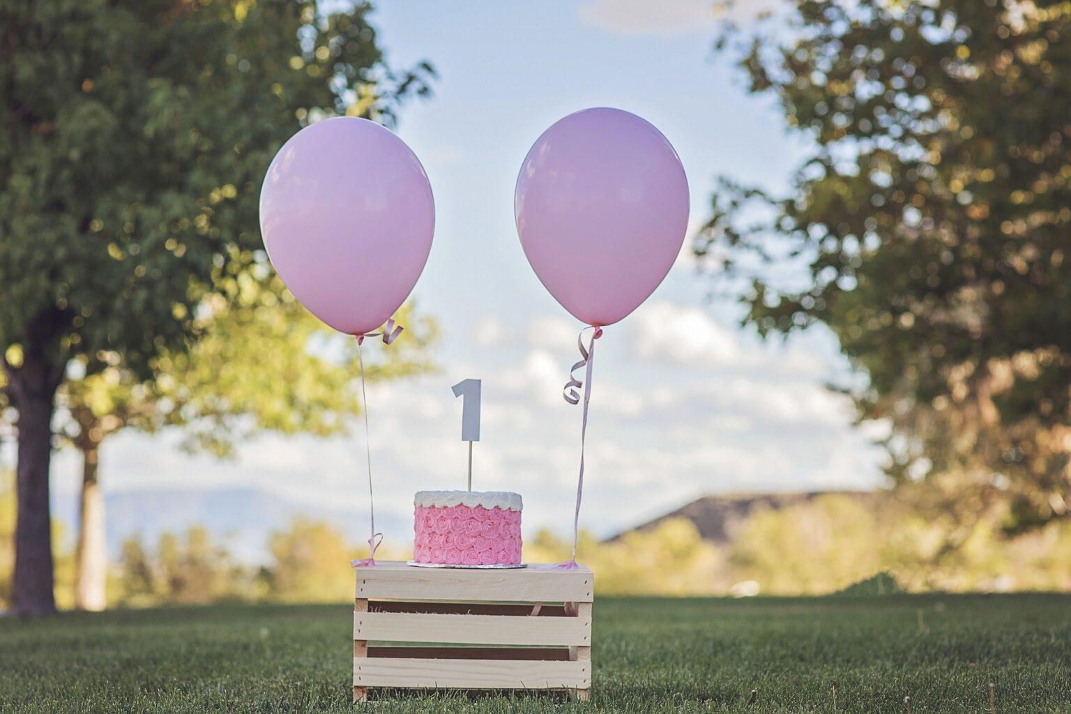 Was kann man zum 1. Geburtstag schenken? | das BlogMagazin