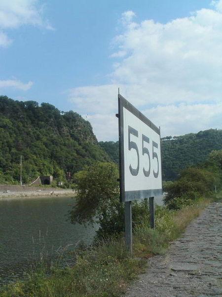 rheinkilometer-555