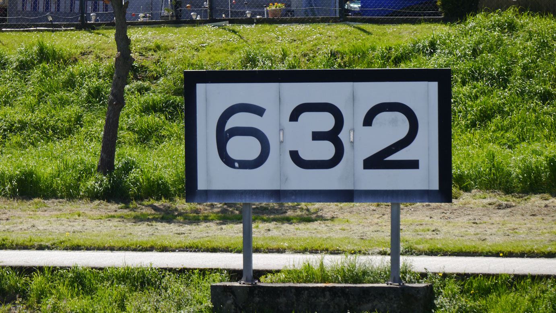 Rheinkilometer_632_Goldene_Meile_Remagen_lrh