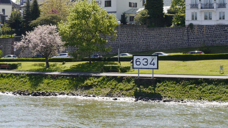 Rheinkilometer_634_Remagen_lrh_1
