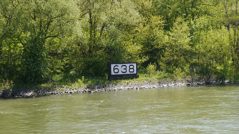 Rheinkilometer_638_Rheinbreitbach_rrh