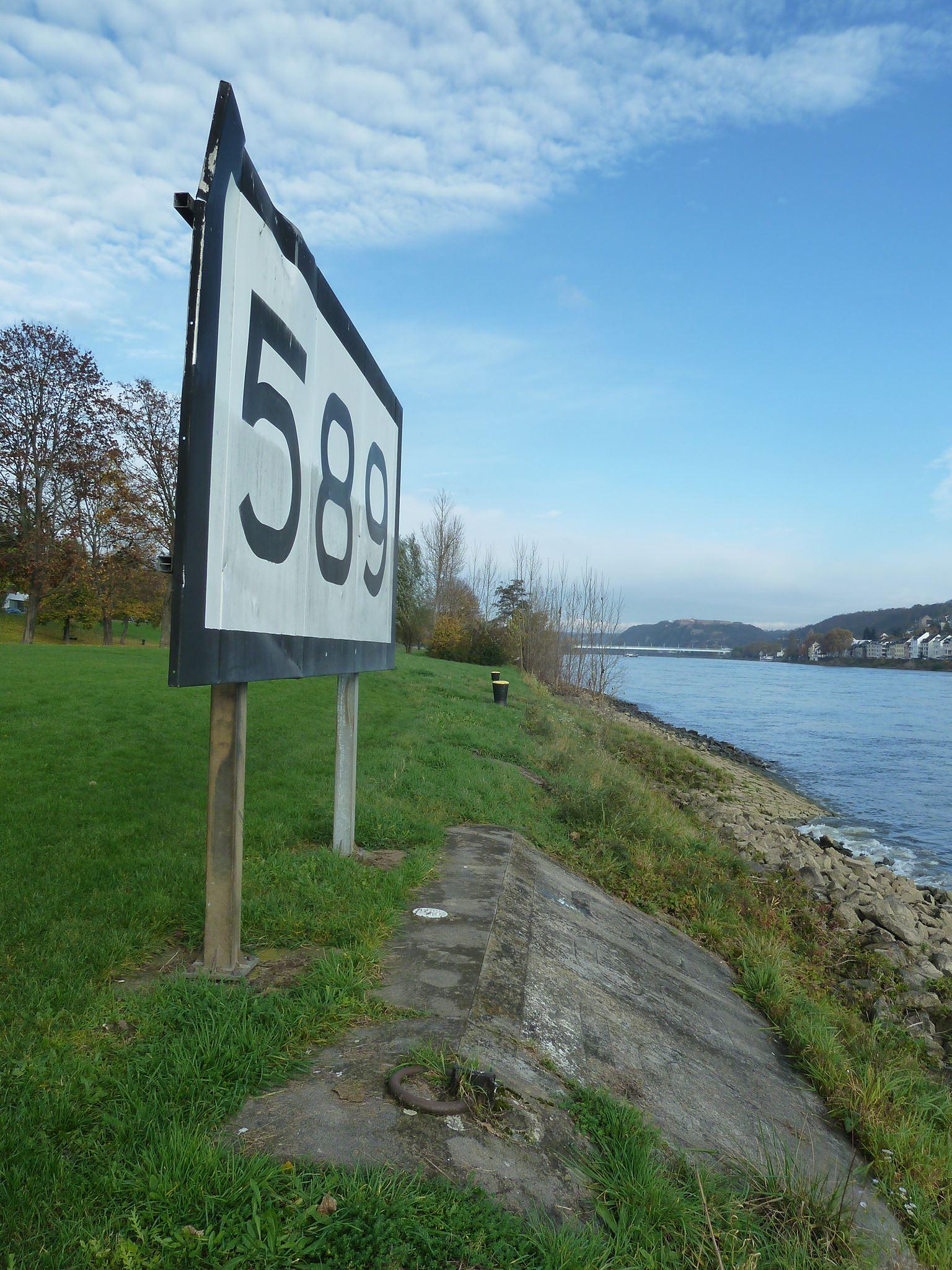 rheinkilometer-589-1