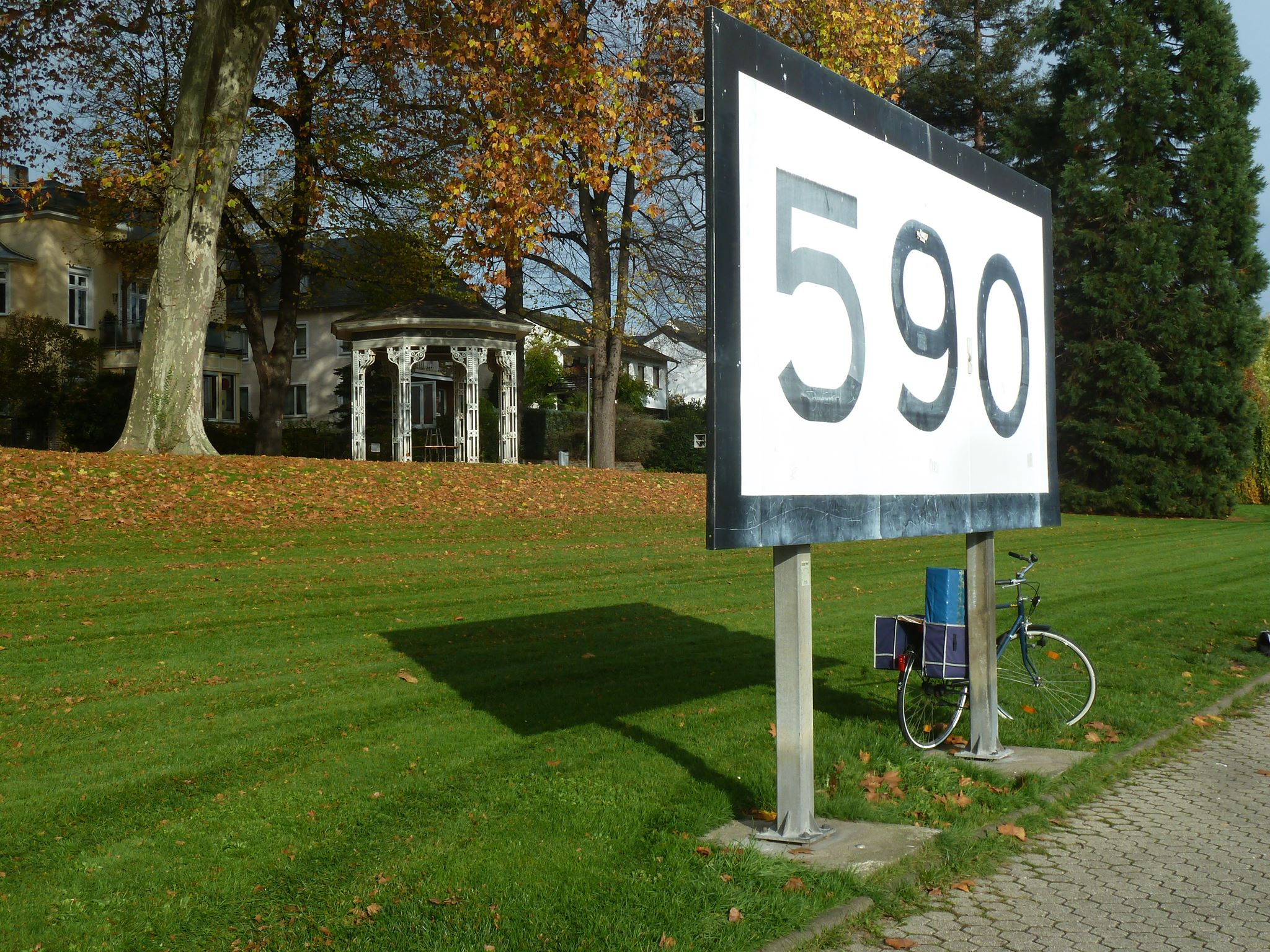rheinkilometer-590-2