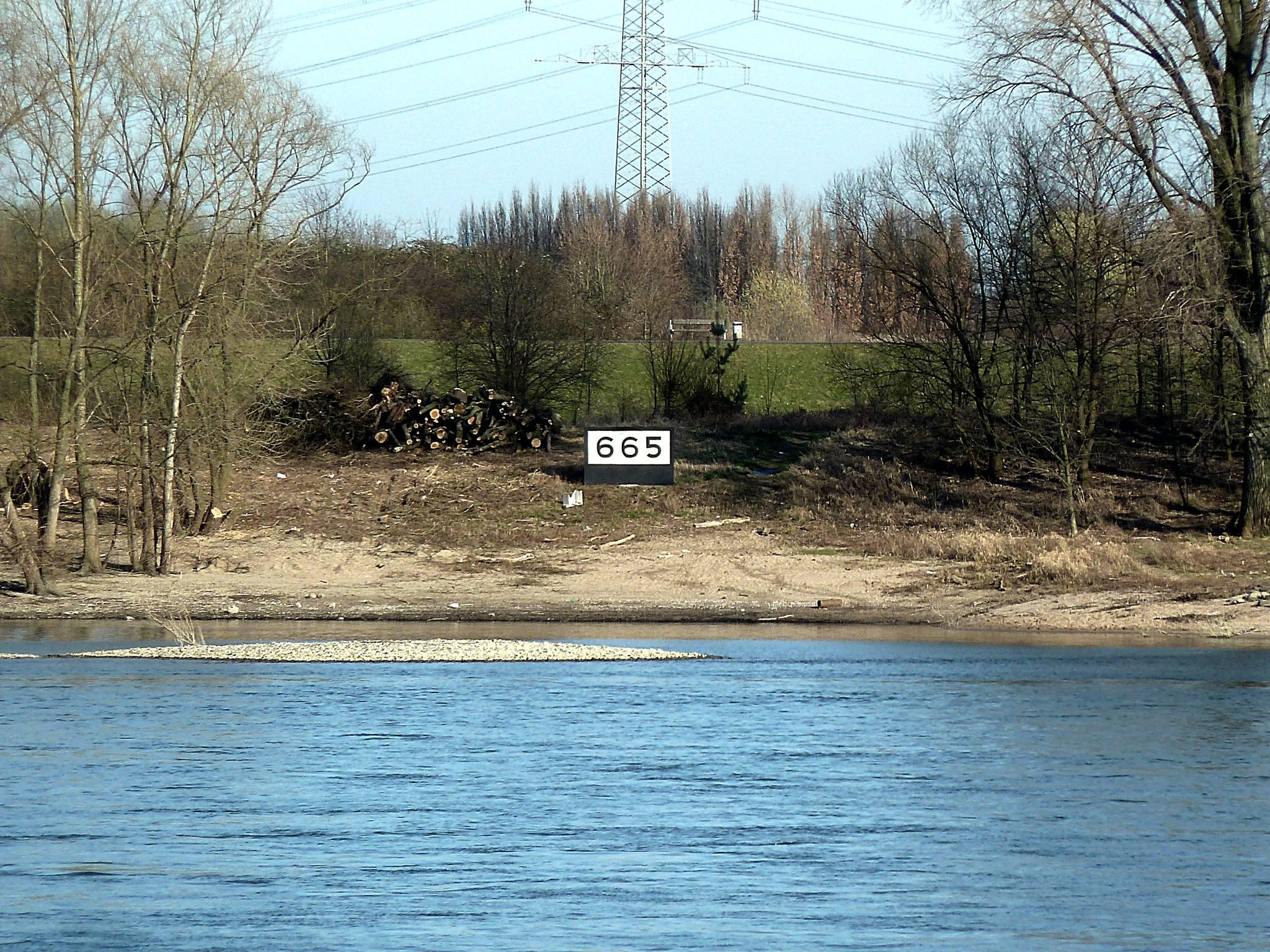 rheinkilometer-665